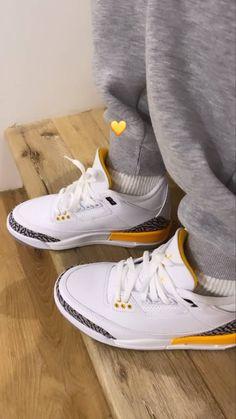 All Nike Shoes, Hype Shoes, Jordan Shoes Girls, Girls Shoes, Cute Sneakers, Shoes Sneakers, Swag Shoes, Aesthetic Shoes, Fresh Shoes