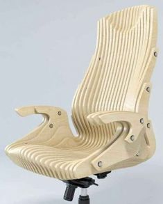 Офисное кресло из фанеры
