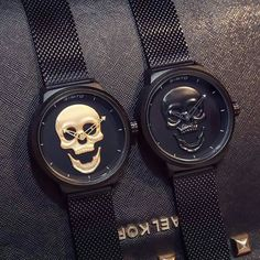 Love these watches! My man wants the black one🖤 Skull Fashion, Punk Fashion, Lolita Fashion, Skull Jewelry, Jewellery, Silver Jewelry, Vintage Watches, Watch Bands, Watches For Men