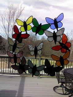 Flock of butterfly's with a free turning one in the center