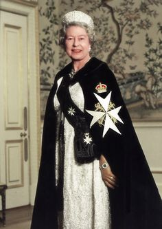 HM Queen Elizabeth II - Sovereign of the Most Venerable Order of the EYE Hospital of St. John in Jerusalem. Queen Elizabeth Ii Crown, British Crown Jewels, British Traditions, Queen Of England, British Monarchy, Save The Queen, Prince Harry And Meghan, British Royals, Royalty