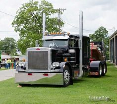 846 best images about CLASSIC PETERBILT on Pinterest ...