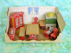 Vintage 1946 Miniature Doll House DORA KUHN Sitting Room Furniture Set GERMANY