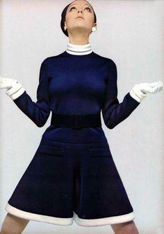 Jean Patou dress - L'Officiel Magazine 1968 #60s