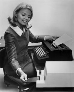 """MagCard Typewriter. My first """"computer"""" typewriter at IBM--slip in the magnetic card and make changes...I had over 200 in one presentation❤️"""