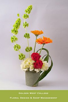 parallet systems floral new convection design | Vertical design by GWC Floral Design