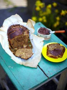 Pain aux bananes et noix, beurre de chocolat