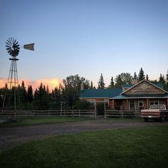 Heartland ranch house on set Heartland Seasons, Heartland Ranch, Heartland Cbc, Heartland Quotes, Texas Ranch, Horse Ranch, Ranch Life, The Ranch, Farm Life