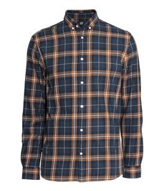 Plaid shirt in woven cotton fabric with a button-down collar. Regular fit.