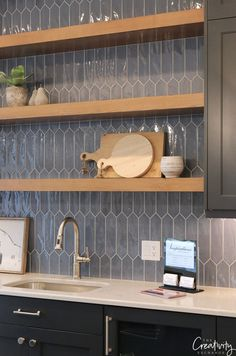 2018 Salt Lake City Parade of Homes: Recap Navy blue kitchen. - 2018 Salt Lake City Parade of Homes: Recap Navy blue kitchen tile Best Picture - Home Decor Kitchen, Diy Kitchen, Kitchen Interior, Kitchen Ideas, Apartment Kitchen, Kitchen Wood, Kitchen Backsplash Inspiration, Floors Kitchen, Kitchen Time