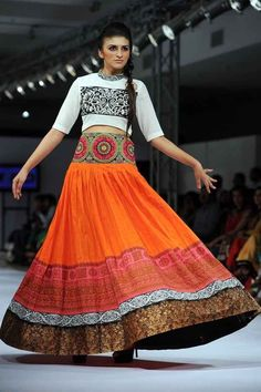 19 Fabulous Photos From Islamabad Fashion Week