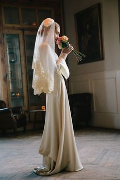 The rustic wedding trend is always really going strong, and every single day I know even more unique projects and inspiration floating around the internet. Wedding Veils, Wedding Bride, Dream Wedding, Wedding Dresses, Wedding Designs, Wedding Styles, Wedding Trends, Wedding Photography Inspiration, Wedding Inspiration
