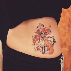 Cherry Blossom Fox Tattoo by Grain - TattooBlend Mini Tattoos, Body Art Tattoos, New Tattoos, Small Tattoos, Sleeve Tattoos, Small Fox Tattoo, Get A Tattoo, Back Tattoo, Valo Ville