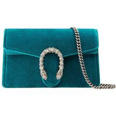 Gucci Dionysus Velvet Super Mini Bag (1 190 295 LBP) ❤ liked on Polyvore featuring bags, handbags, shoulder bags, peacock blue, gucci purse, mini purse, blue handbags, mini key ring and peacock purse