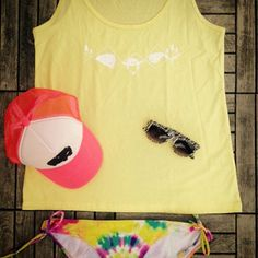 Another day at the pool, another outfit! #gagamu #woman #outfit #bikini #top #tanktop #Pool #poolside #neon #pink #yellow #sunglassea #cap #mash #truckercap #batik #summer #sunshine #fairtrade