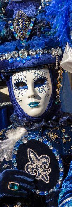 Venetian Carnival Mask & Attire - Venice | italy