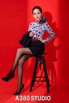 Alfredo's media statistics and analytics Beautiful Young Lady, Beautiful Asian Women, Poses Modelo, Flight Girls, Promotional Model, Women Legs, Rock Outfits, Flight Attendant, Sexy Legs