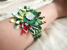 Pop tab bracelets w/flower by SugarPlumDesignTB on Etsy, $4.00