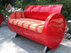 Red Salsa Indoor/Outdoor Drum Loveseat with Striped Cushion