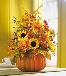 Tales of an Interior Stylist: Fall Decorations - Tips & Techniques Thanksgiving Decorations, Fall Decorations, Thanksgiving Ideas, Flower Decorations, Autumn Decorating, Decorating Ideas, Decor Ideas, Autumn Interior, Fall Flower Arrangements