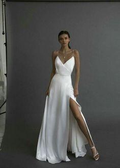 Minimal Wedding Dress, Minimalist Wedding Dresses, Wedding Simple, Minimalist Gown, Minimal Dress, Dream Wedding Dresses, Wedding Gowns, Silky Wedding Dress, Silky Dress