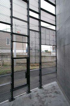 Ideas For Metal Screen Facade Mesh Screen Design, Facade Design, Wall Design, House Design, Expanded Metal, Grades, Perforated Metal, Perforated Plate, Metal Screen