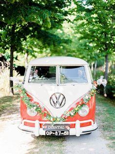 Vintage VW van - so cute to pose for couple portraits in front of | Image by Brancoprata