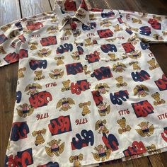 American Independence Day Memorial Shirs Made in USA 70's K-mart VINTAGE size  L . アメリカを象徴とする白頭鷲とリバティベルのプリントが施された 70年代頃のアメリカ独立記念日の記念シャツです 希少です  #1776 #american#independence#memories #usa#printshirts #unitedstates #baldeagle #libertybell #madeinusa #kmart#1970s#vintage #vintageclothing #tokushima #アメリカ独立記念日#記念シャツ#白頭鷲#リバティベル#ヴィンテージ#総柄#プリントシャツ#アロハシャツ#可愛い#ポップ#古着#徳島#rags6724