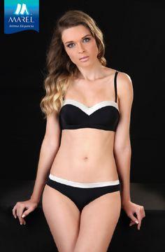 """""""Sobria, sexy y elegante. Así me siento con este coordinado de Brassiere y Bikini.   Un básico que no puede faltar en mi outfit.  #ComoTequieresVer #Elegante  BRASSIERE 2080/BIKINI 1780"""""""