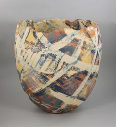 ceramic artist Linda Starr makes unique contemporary pottery and sculpture with detours into cooking, travel, and gardening. Ceramic Clay, Ceramic Bowls, Ceramic Pottery, Modern Ceramics, Contemporary Ceramics, Ceramics Ideas, Paper Clay, Clay Art, Vases
