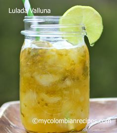 Lulo is an exotic fruit with a citrus flavor that is popular in Colombia. It is also known as naranjilla, in other Latin American countries. Lulada, is a Colombian Drinks, My Colombian Recipes, Colombian Food, Sicilian Recipes, Mexican Food Recipes, Sicilian Food, Delicious Fruit, Tasty, Yummy Food