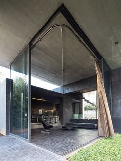 great indoor/outdoor space - Residence in Kato Kifissia by Tense Architecture Network