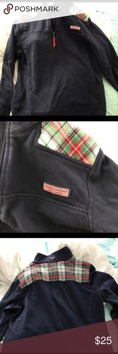 vineyard vines pullover!! super cute navy and plaid pullover gently used! Vineyard Vines Other