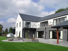 Dunadry house by architects slemish design studio Ballymena County Antrim. This Modern farm house has open plan living with great views over Antrim/Belfast Farmhouse Architecture, Modern Farmhouse Exterior, Architecture Plan, House Designs Ireland, Octagon House, Self Build Houses, House Construction Plan, Modern Villa Design, Modern Architects