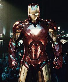 Iron Man (IM2) Marvel Heroes, Marvel Characters, Marvel Movies, Marvel Avengers, Dc Comics, Iron Man Art, Iron Man Avengers, Stark Industries, Ironman