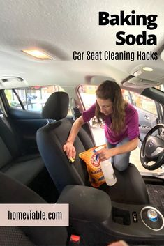 WIth this DIY carpet cleaning hack, you'll be able to clean your car seats with baking soda. This all natural remedy will have stains, dirt, and dust up out of your auto seats in not time #homeviable #carcleaning #bakingsoda #allnatural #DIY Clean Cloth Car Seats, Cleaning Leather Car Seats, Cleaning Car Upholstery, Car Cleaning, Cleaning Hacks, Vinegar Cleaning Solution, Cleaning Solutions, Grease Remover, All Natural Cleaning Products