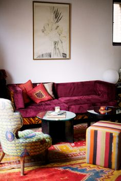 love this mix match lounge - it kind of reminds me of a tapestry  or oil painting