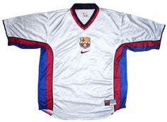 Las mejores camisetas de visitante del FC Barcelona  e16a8eba3
