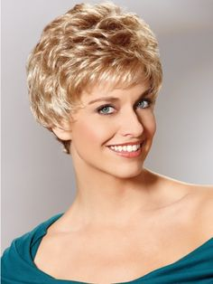 Short Hairstyles for Curly Hair – having short curly hair is such a freeing experience because you will spend less time styling it, use fewer products, and it will even make you to feel cooler during summer Short Permed Hair, Short Curly Haircuts, Very Short Hair, Short Hair Cuts For Women, Long Curly Hair, Short Hairstyles For Women, Curly Hair Cuts, Curly Hair Styles, Curly Short