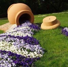 Spilled Flower Pot Ideas – Spilled flower pots are a whimsical and humorous trend in garden design. This is an easy concept to use in any backyard garden, and requires only a little thought and creativity. Garden Design, Planting Flowers, Plants, Front Yard Landscaping, Outdoor Gardens, Flower Planters, Garden Lovers Club, Container Gardening, Garden Lovers