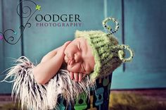 Snug as a Bug in a Rug    Little Bug Beanie     Baby Boy Hat  Knitted Grasshopper with Antennae    Newborn Photo Prop