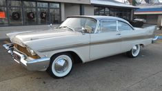 Classic 1957 Plymouth Fury at auction Kissimmee, Florida. Frame-off restoration- Correct HP engine- Torqueflite automatic transmis Bugatti Veyron, 1954 Chevy Bel Air, American Dream Cars, Plymouth Fury, Us Cars, Buick, Mopar, Cars For Sale, Vintage Cars
