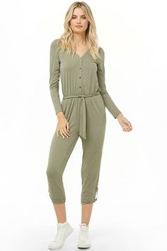 Forever 21 has the most coveted designs in Rompers + Jumpsuits! Shop the best one-piece rompers in cami and off-the-shoulder styles, try a culotte jumpsuit, or strap on a pair of denim overalls! Beach Jumpsuits, Jumpsuit Dressy, Contemporary Dresses, Modern Vintage Fashion, Denim Overalls, Latest Trends, Forever 21, Rompers, One Piece