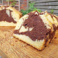 Marmercake ~ www.hetkeukentjevansyts.nl Tiramisu, Cupcake, Ethnic Recipes, Food, Cupcakes, Essen, Cupcake Cakes, Meals, Tiramisu Cake