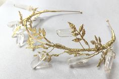 The LUCILLE Crown  Delicate Golden Leaf and Raw von HowlingMoonUK
