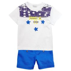 Royal+blue+T-shirt+made+of+soft+cotton.+Round+neck+and+short+sleeves.+Popper+fastening+on+one+shoulder.+Design+print+on+the+chest.+Royal+blue+shorts+made+of+soft+cotton.+Elasticated+waistband.+-+£+18,00