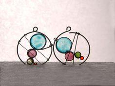 Kandinsky resin dangles wire resin earrings by TheHappyLollipop Resin Jewelry, Gemstone Jewelry, Unique Jewelry, Kandinsky, Wire Wrapping, Dangles, Wraps, Romantic, Plastic
