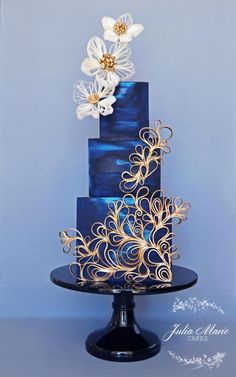 Ocean blue wedding cake with a touch of gold by Julia Marie Reynolds on satinice.- Ocean blue wedding cake with a touch of gold by Julia Marie Reynolds on satinice… Ocean blue wedding cake with a touch of gold by Julia… - Beautiful Wedding Cakes, Gorgeous Cakes, Pretty Cakes, Cute Cakes, Amazing Cakes, Unique Cakes, Creative Cakes, Cupcake Torte, Quilling Cake