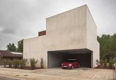 Image 3 of 22 from gallery of Bitten House / arnau estudi d'arquitectura. Photograph by Marc Torra