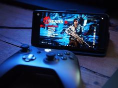 Project xCloud and its home console Xbox Game Streaming counterpart are starting to hit public trials now. So, what are the best phones to buy for it? Video Games Xbox, Xbox Games, Cloud Gaming, Game Streaming, Game Pass, Throw In The Towel, Mobile Game, News Games, Fun Projects